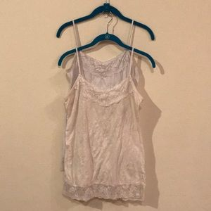2 Lace tanks